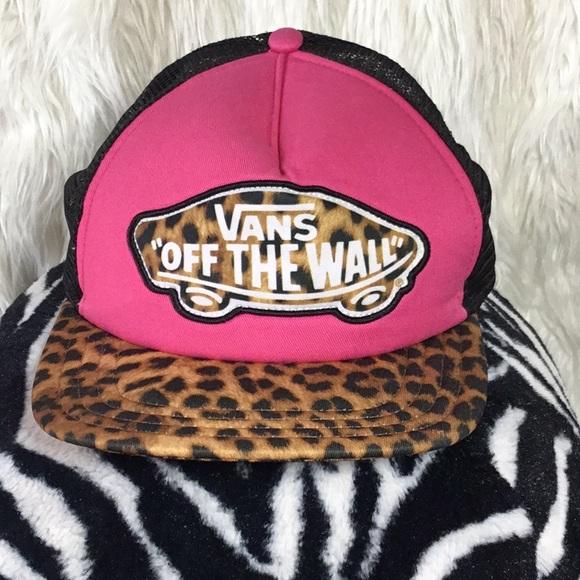 """6cad73948a0 Vans """"Off the Wall"""" Pink Black Leopard Trucker Cap.  M 5c781f6c194dad36d8b6d64a"""